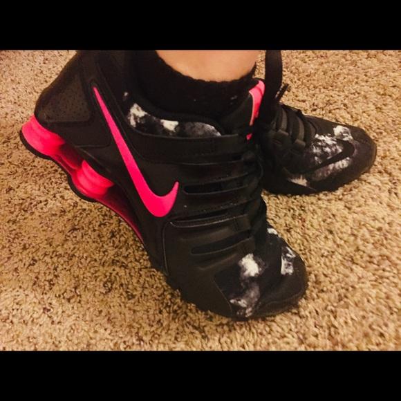 Rare Nike Shox Black Hot Pink Womens